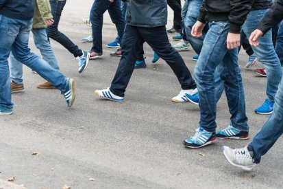 DIF away trainers!