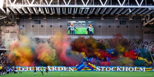 140521 Djurgårdens supportrar med ett TIFO innan fotbollsmatchen i Allsvenskan mellan Djurgården och IFK Göteborg den 21 maj 2014 i Stockholm.  Foto: Andreas L Eriksson / Bildbyrån / Cop 106
